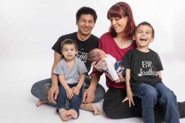 Familie mit Neugeborenen in Polch