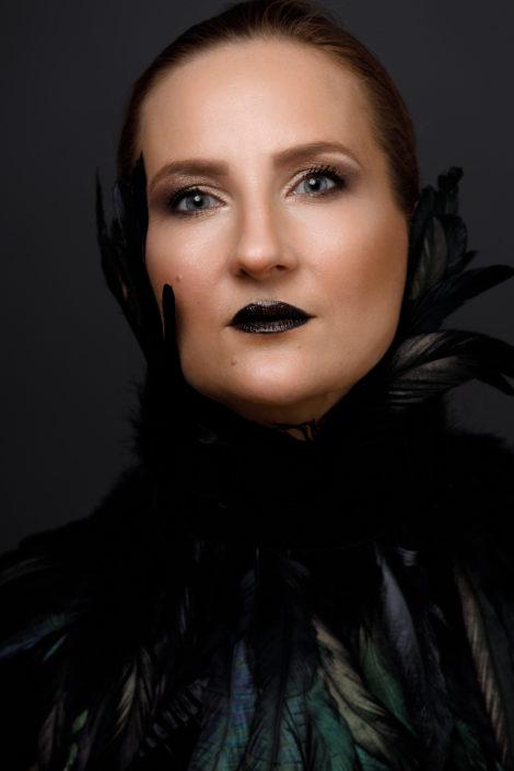 Joanna Gypser Shadow Heart Personal Branding